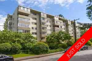 Ambleside Condo for sale:  2 bedroom 981 sq.ft. (Listed 2020-03-09)